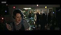 Phoebe Waller-Bridge S01E03 (9).jpg