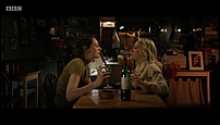 Poebe Waller-Bridge, Jenny Rainsford - Fleabag S01E01 (1).jpg