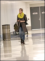 Evan Rachel Wood - Smokes an E-Cigarette Upon Her Arrival at LAX December 29, 2016 17.jpg